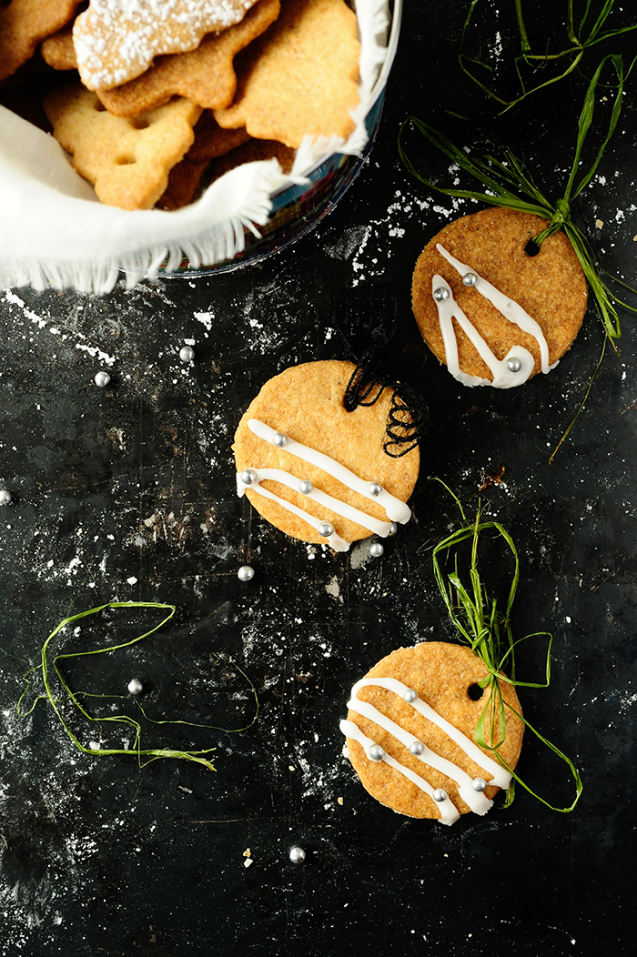 serving dumplings |notenkoekjes-met-campari-sinaasappelvulling