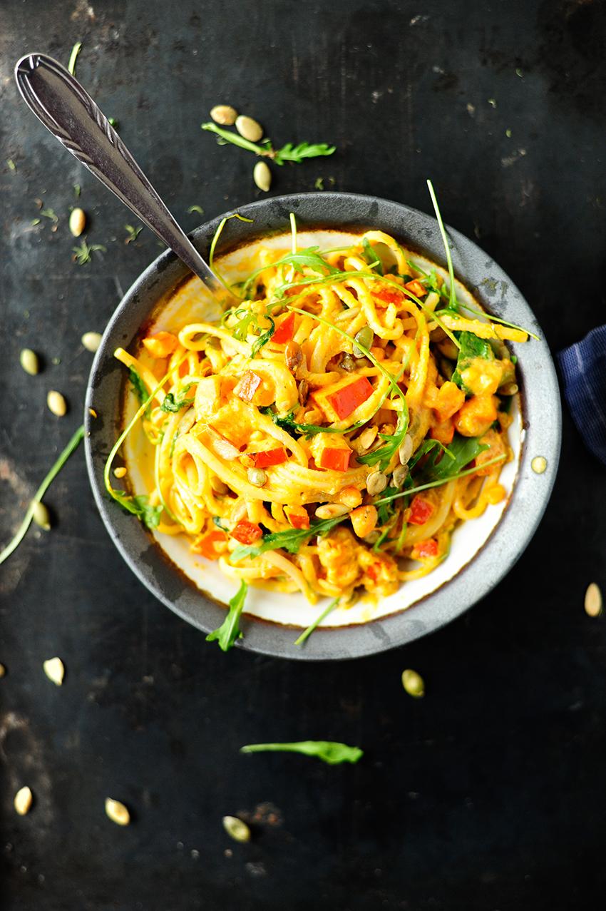 serving dumplings  pasta-met-romige-pompoensaus