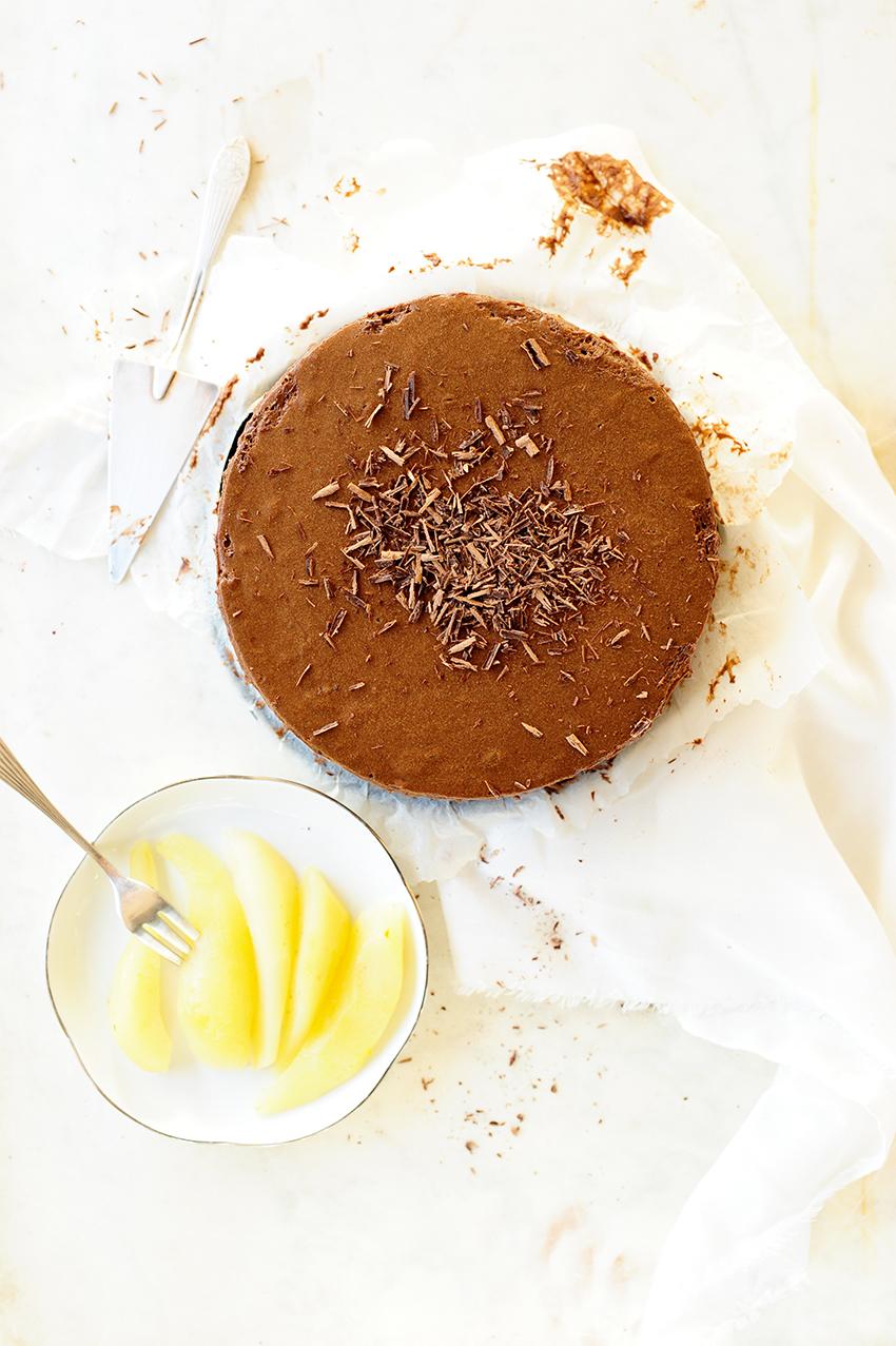 studio kuchnia | tort-z-musem-czekoladowym-i-gruszkami