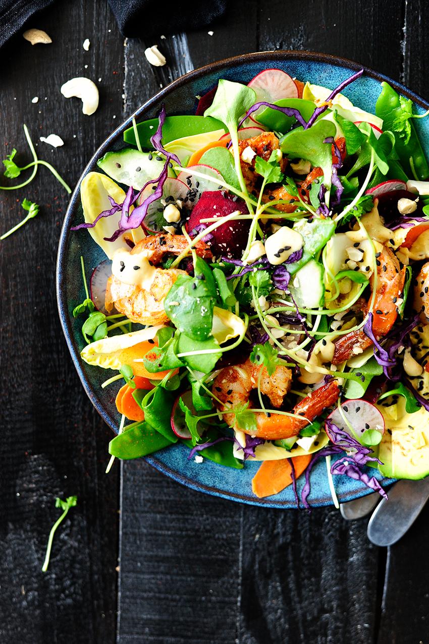 studio kuchnia | Kolorowa salatka z krewetkami
