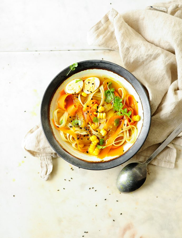 Turmeric vegetable soup