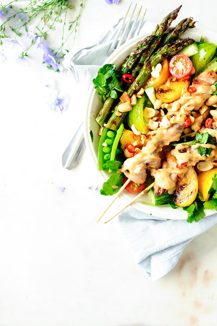 studio kuchnia | Salata z nektarynkami i kurczakiem