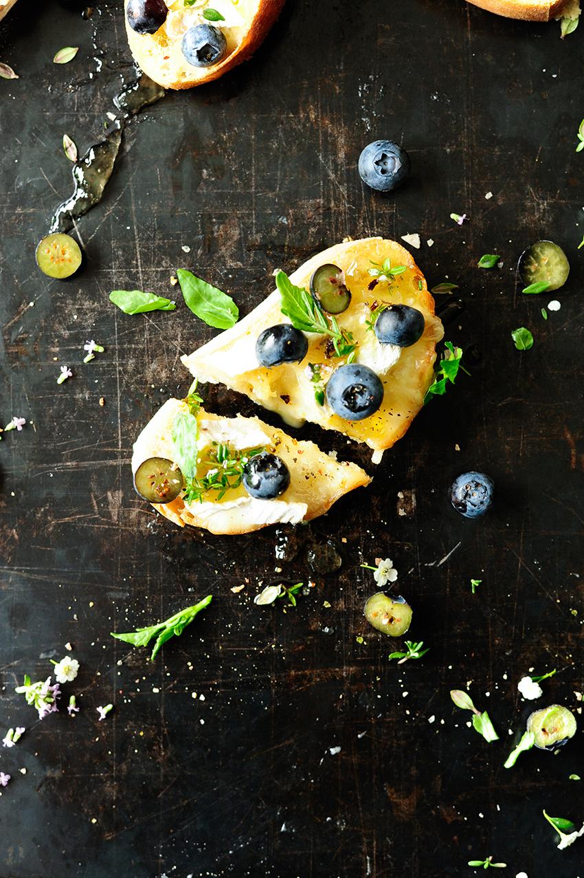 serving dumplings | Blueberry brie crostini with elderflower dressing