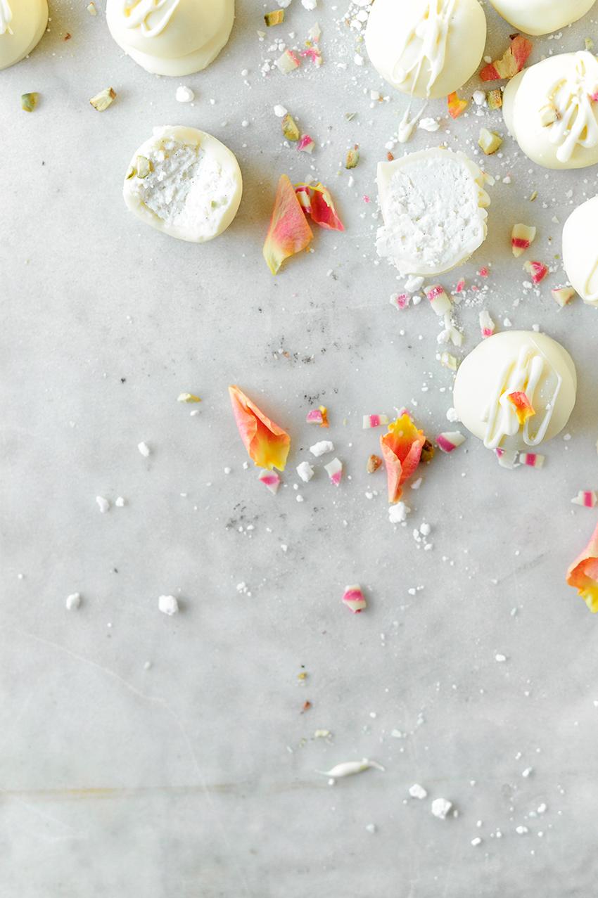 Cheesecake pralines met witte chocolade3