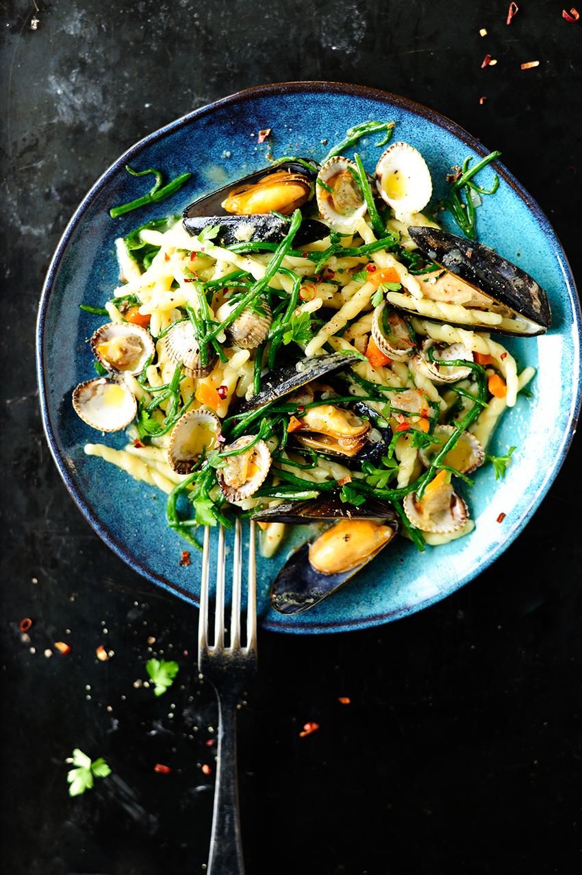 studio kuchnia | Makaron z muszlami i koprem morskim w sosie maslanym