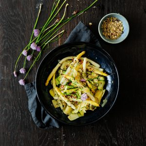 Pasta with roasted asparagus and zucchini