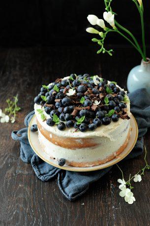 Letni tort z mascarpone i borówkami