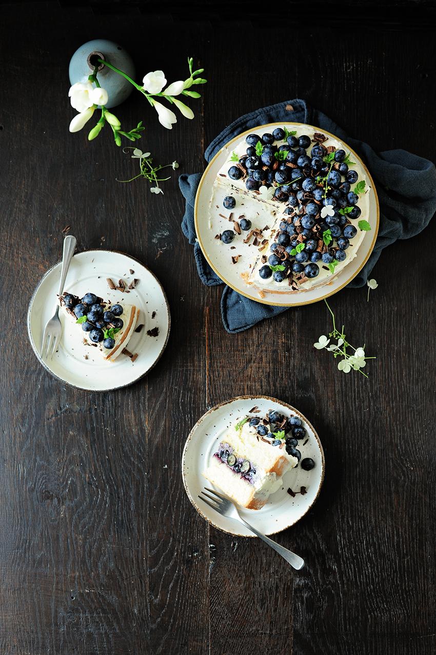 serving dumplings | Zomerse bosbessentaart met mascarpone