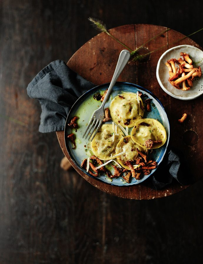 Pulled chicken ravioli with sautéed chanterelles