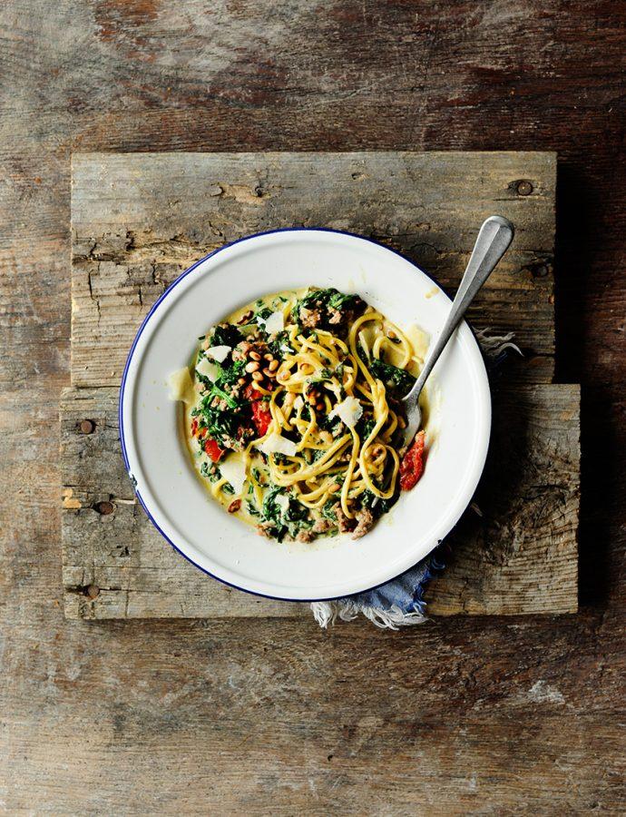 Romige pasta met spinazie en rundergehakt
