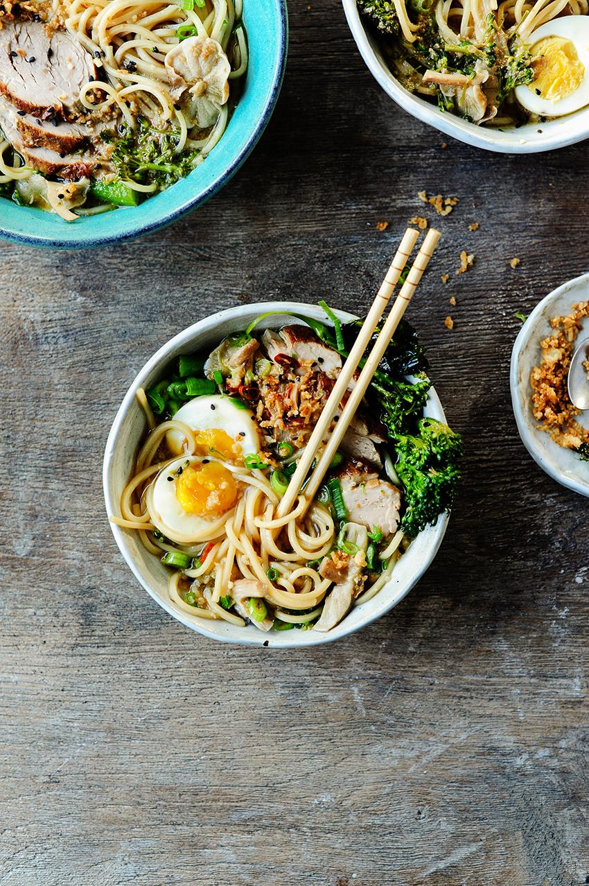 serving dumplings | ramen