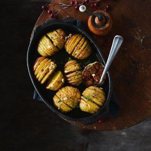 Maślane ziemniaki Hasselback