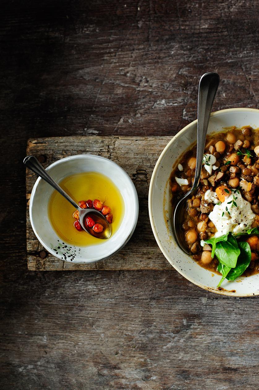 serving dumplings | Winters linzenstoofpotje