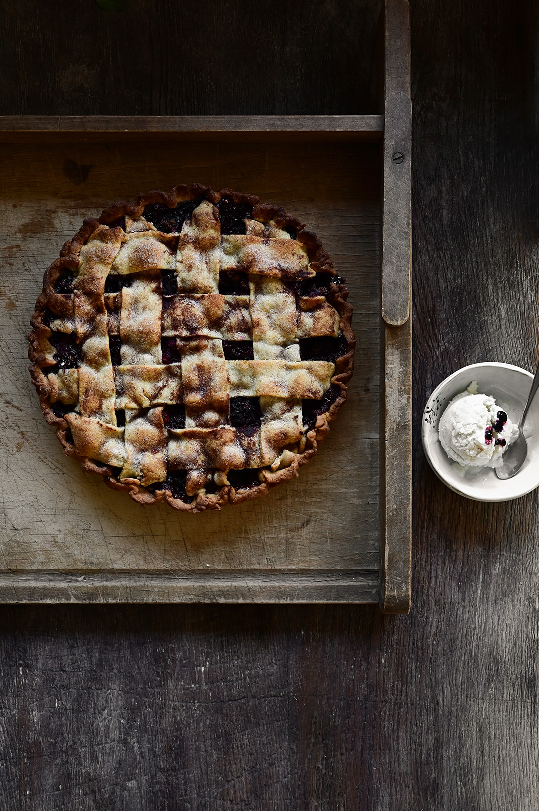 serving dumplings | blackberry pie with frangipane