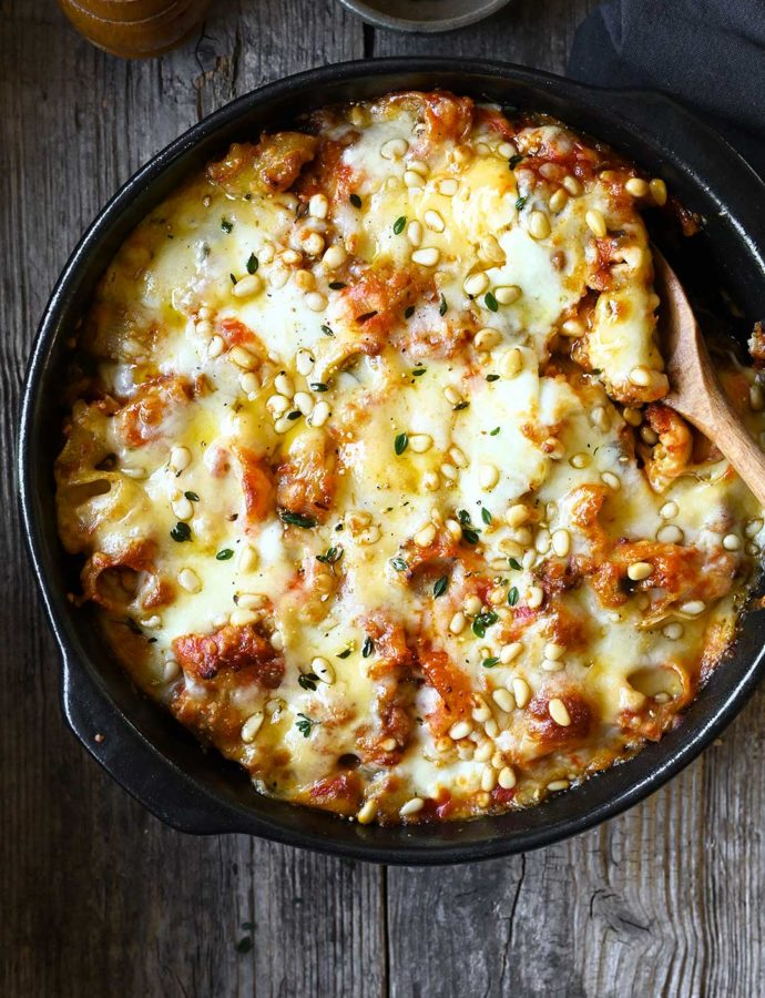 Cheesy eggplant-beef bolognese pasta bake