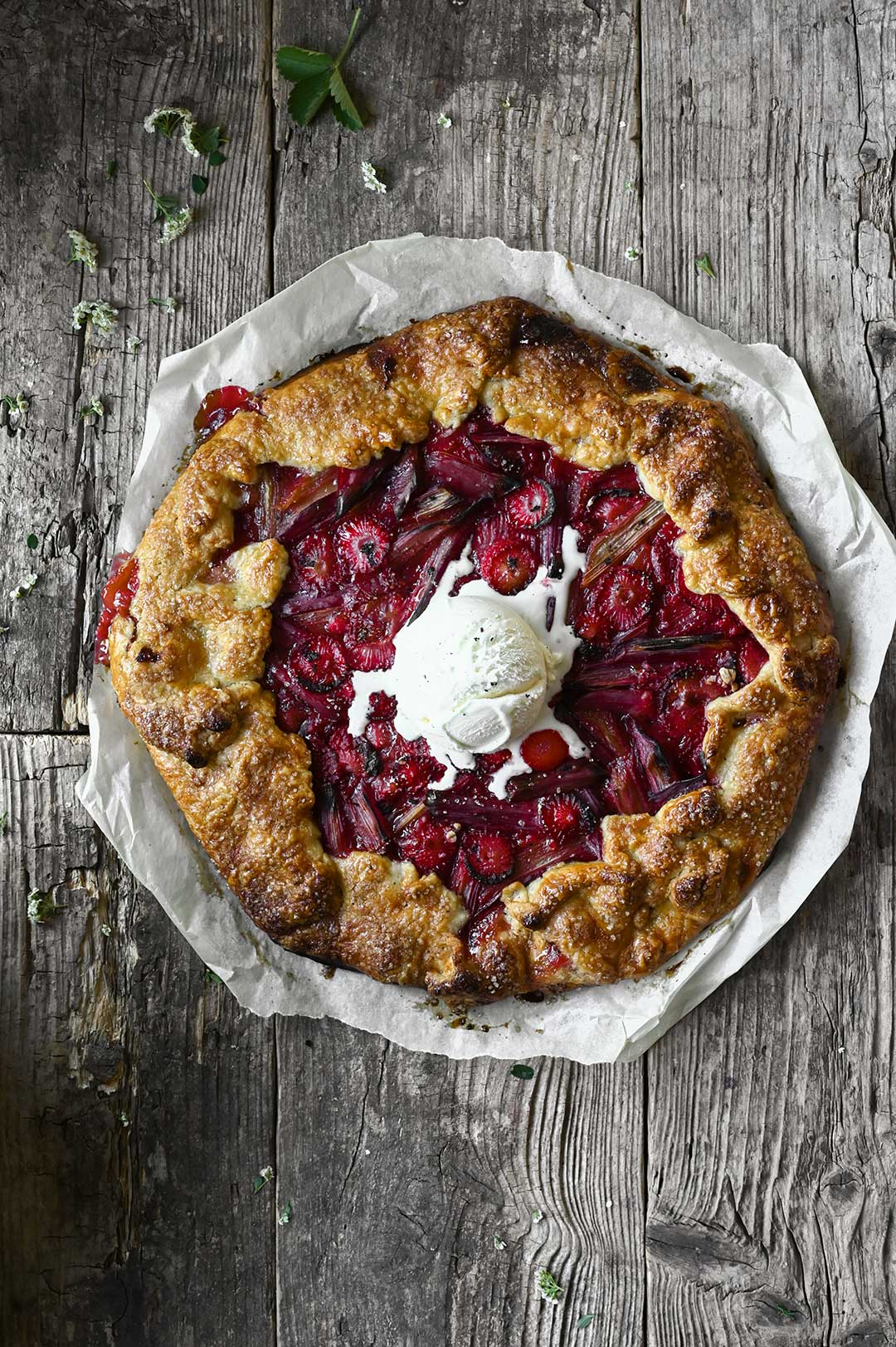 serving dumplings | Rhubarb-strawberry galette