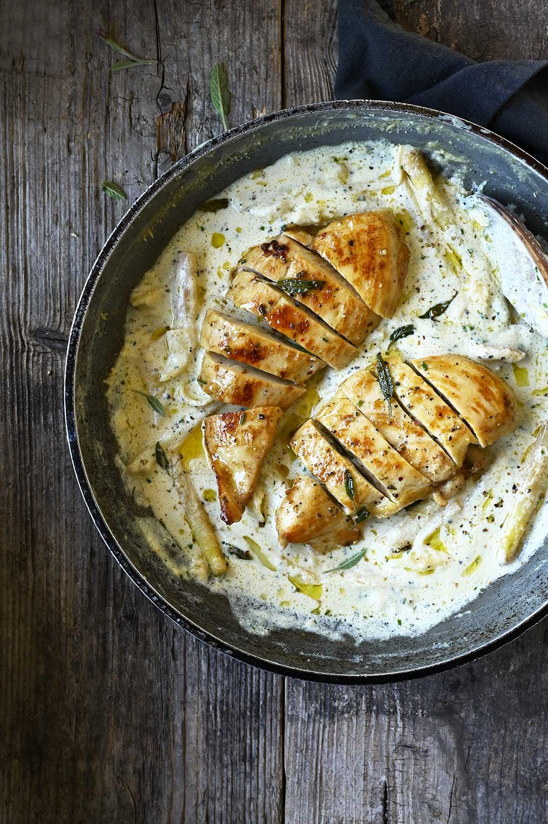 serving dumplings | Creamy black pepper chicken & asparagus pasta