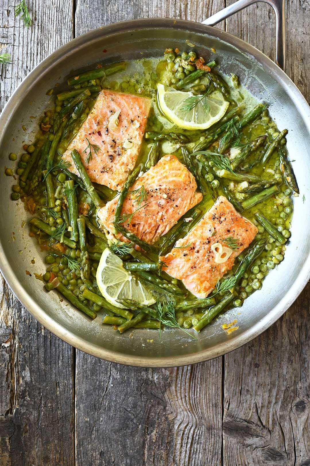 serving dumplings | One skillet salmon with asparagus in lemon garlic sauce