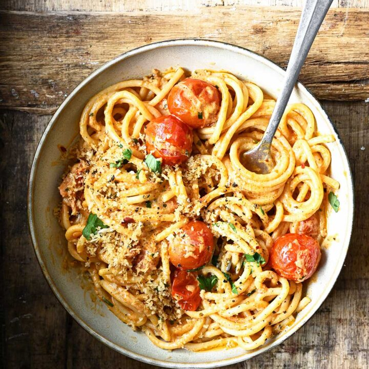 Spicy Tomato and Cream Cheese Spaghetti