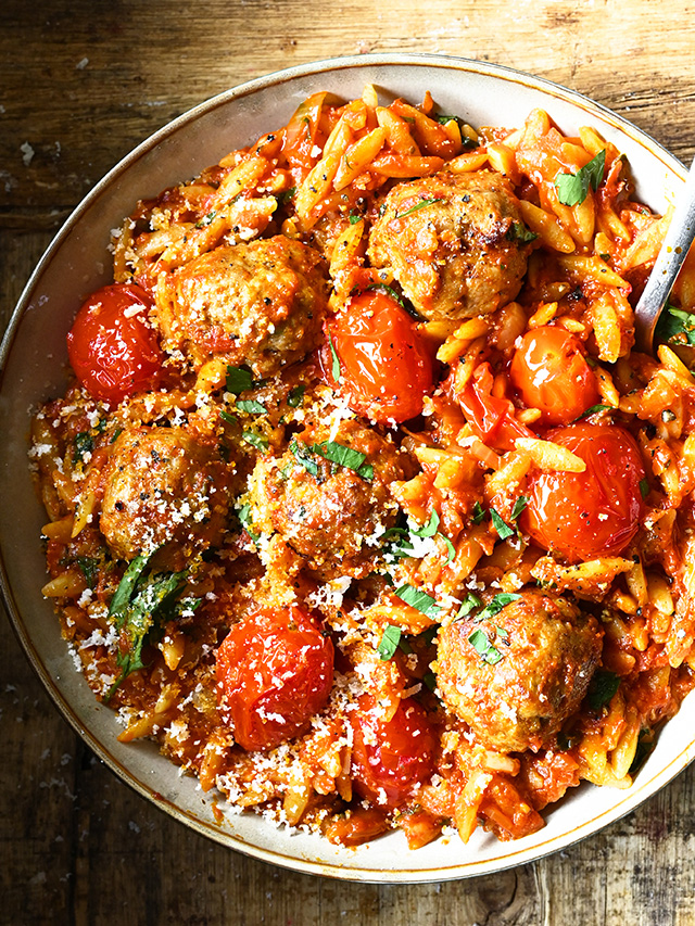 Meatballs in Tomato Sauce with Orzo