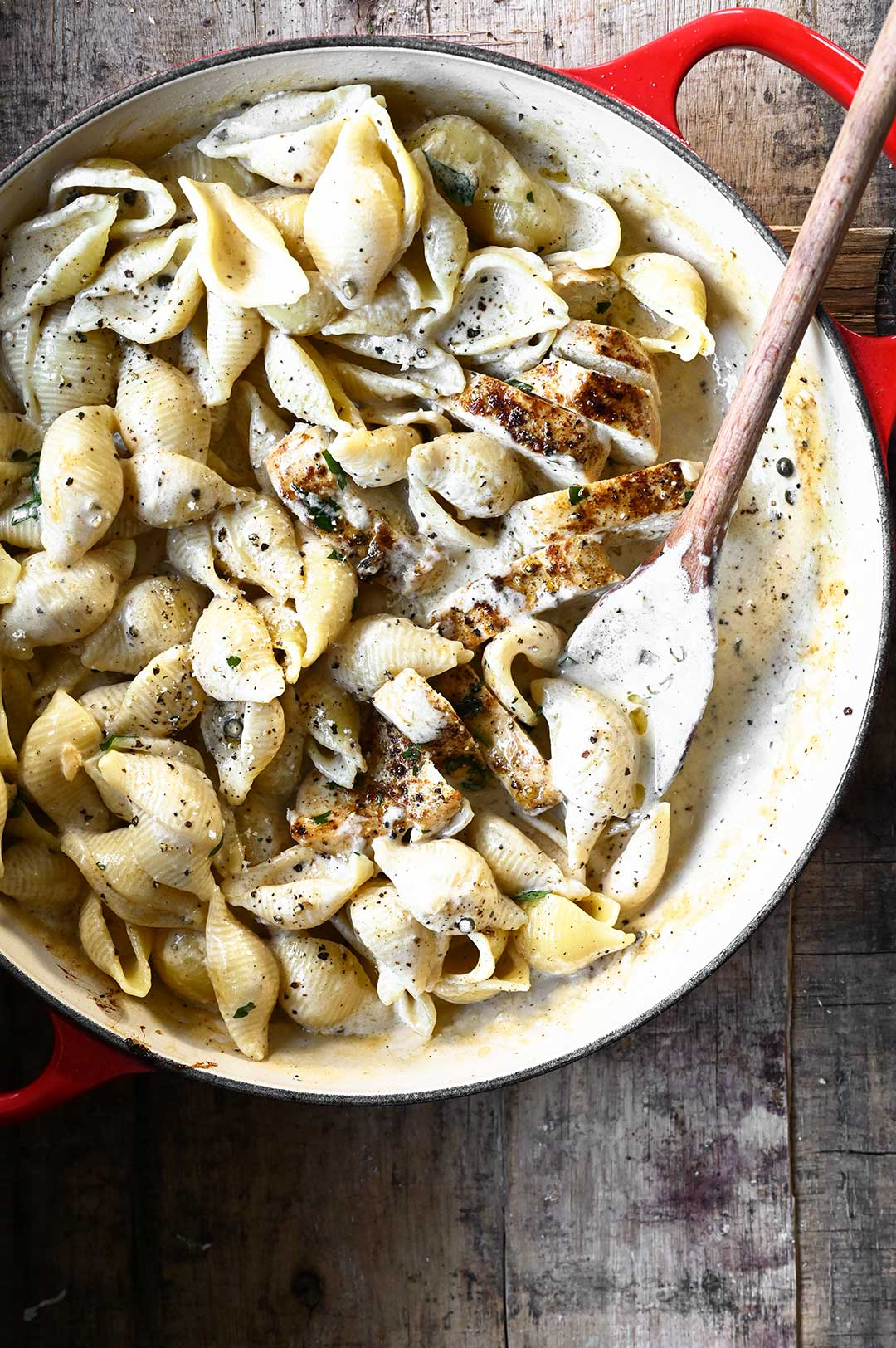 serving dumplings | Black Pepper Chicken Alfredo Pasta
